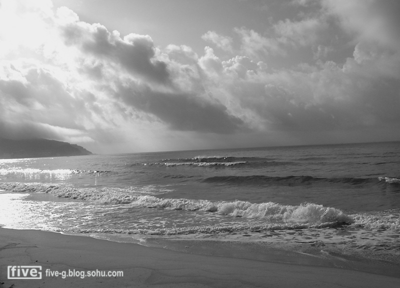 黑白下的海上风光-five-g旅游摄影-搜狐博客