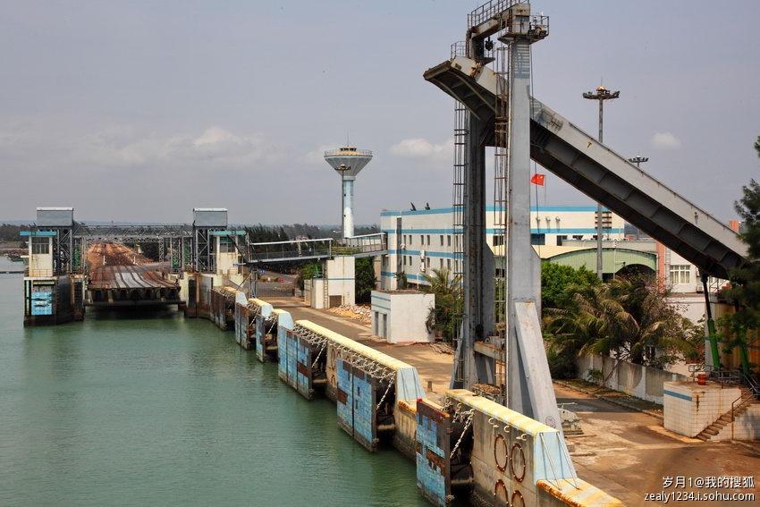 县的粤海铁路轮渡