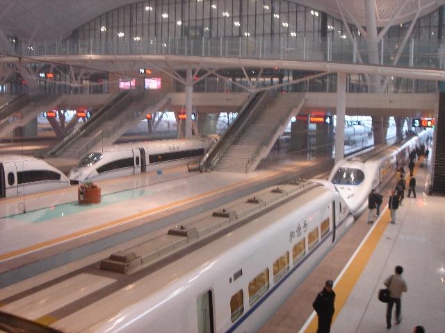 象飞机一样奔驰的火车—乘坐武汉至广州南高速铁路火车的感觉