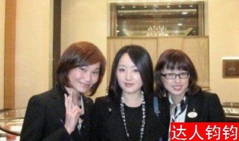 杨钰莹晒水嫩素颜照 自曝养颜秘方(组图)