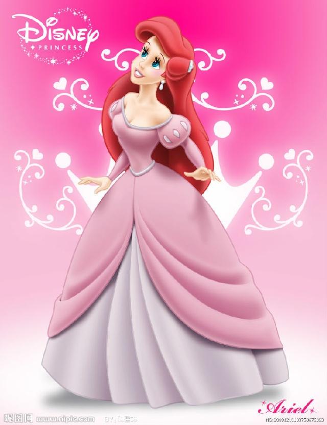 作为一条可爱的小美人鱼,爱丽儿公主向往的却是人鱼法律禁止她们接触