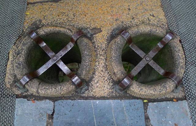 双井桥上的双吊桶,这是宋代时为了解决虎丘寺庙僧人取水的问题而建的