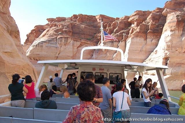 """《陪父母在美国旅行:""""买二送一""""参加海鸥假期美西游》"""